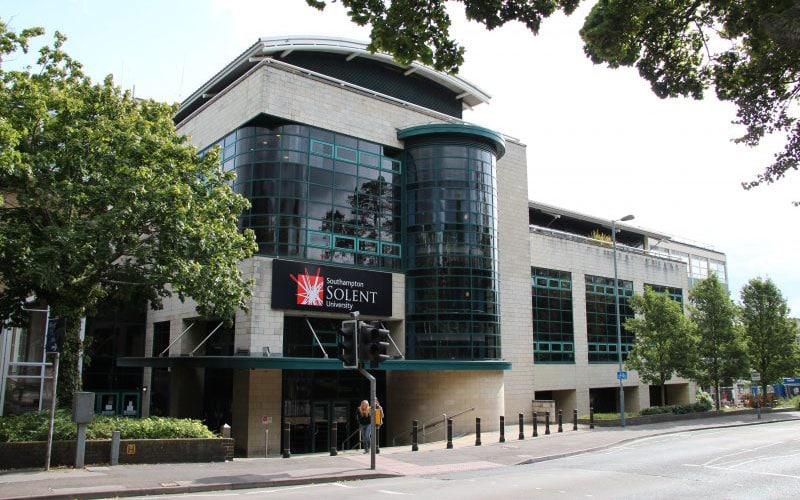lewis-school-of-english-location-solent-university